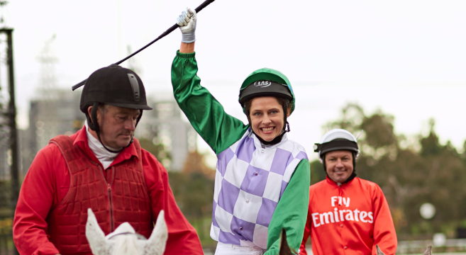 3206 RIDE LIKE A GIRL Q&A with RACHEL GRIFFITHS & MICHELLE PAYNE